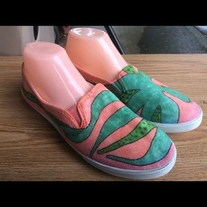 nobrand Shoes - Octopus Green/pink Suede Slip On Shoes Size 6